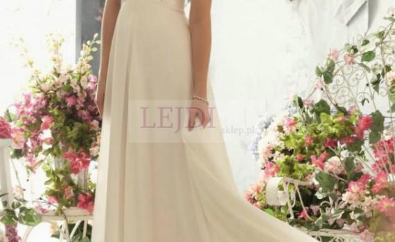 Suknia slubna zdobiona perłami