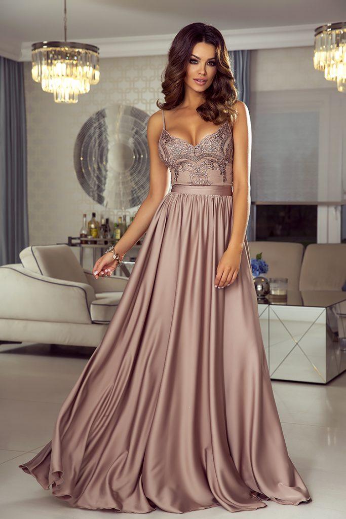 Długa sukienka na wesele dla druhny