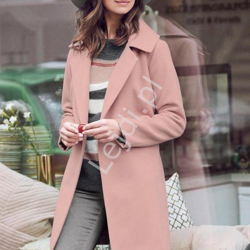 Flauszowy płaszcz