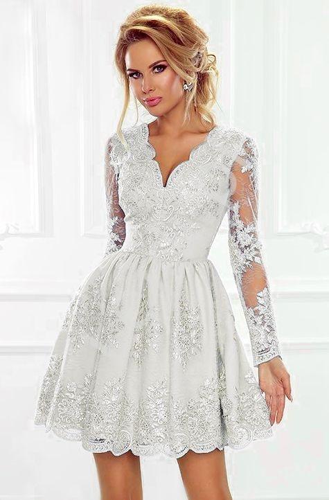 Rozkloszowana sukienka ślubna