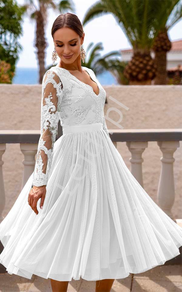 Biała sukienka na ślub cywilny