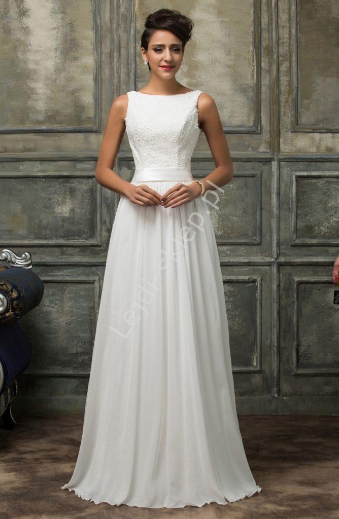 Skromna suknia ślubna szyfonowa