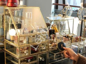 Szklane organizery na kosmetyki, biżuterię