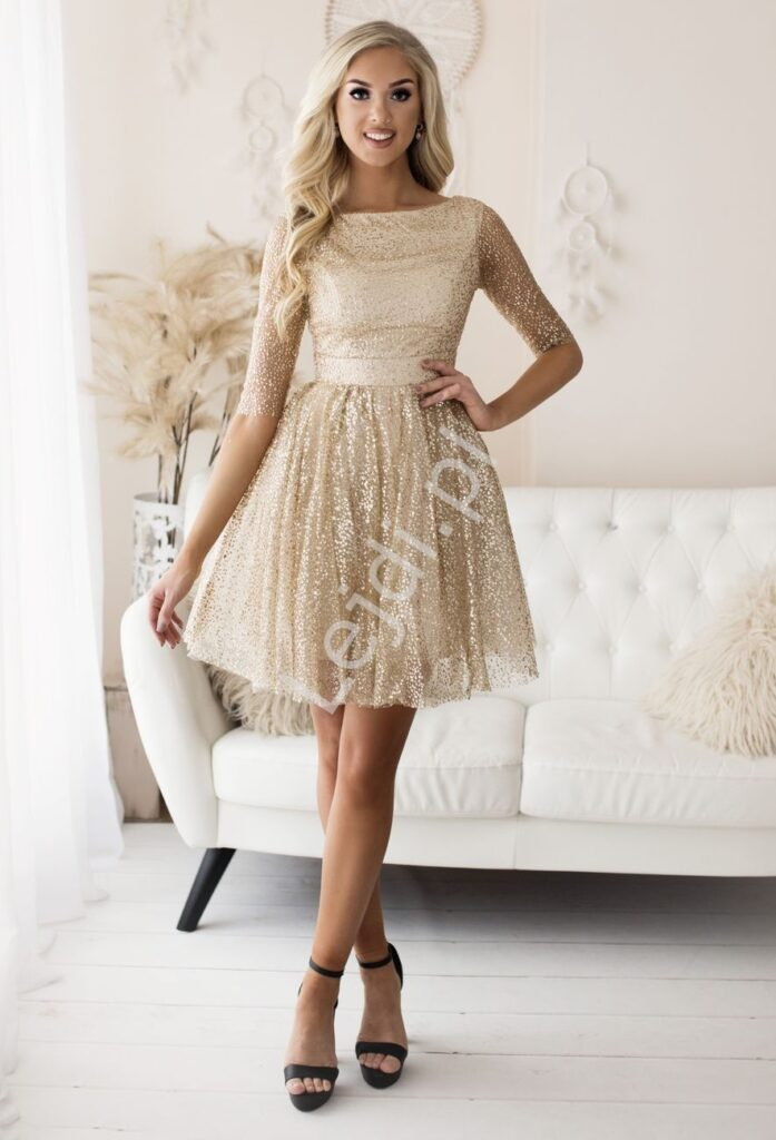 Krótka brokatowa sukienka