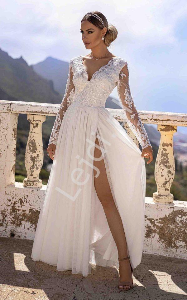 Sukienka na ślub cywilny z tiulowym dołem