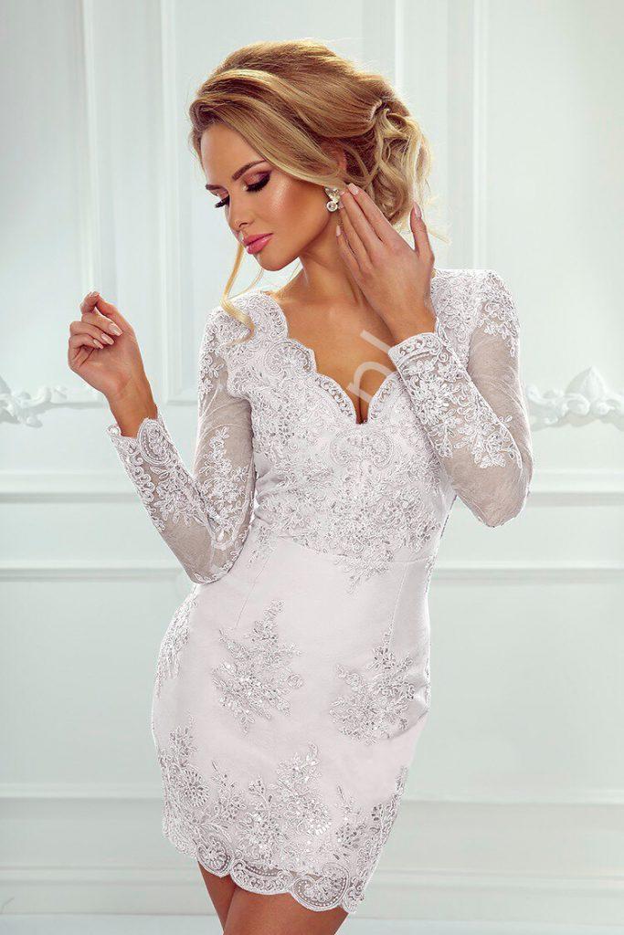 Krótka koronkowa sukienka na ślub cywilny