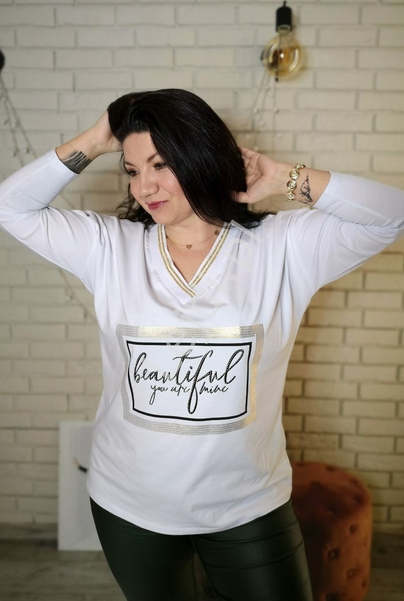 Bawełniana bluzka plus size w białym kolorze z kryształkowym napisem - Lejdi