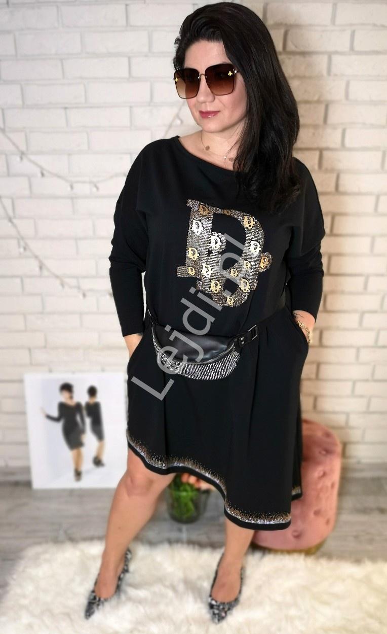 Bawełniana sukienka z kryształkowymi napisami 451