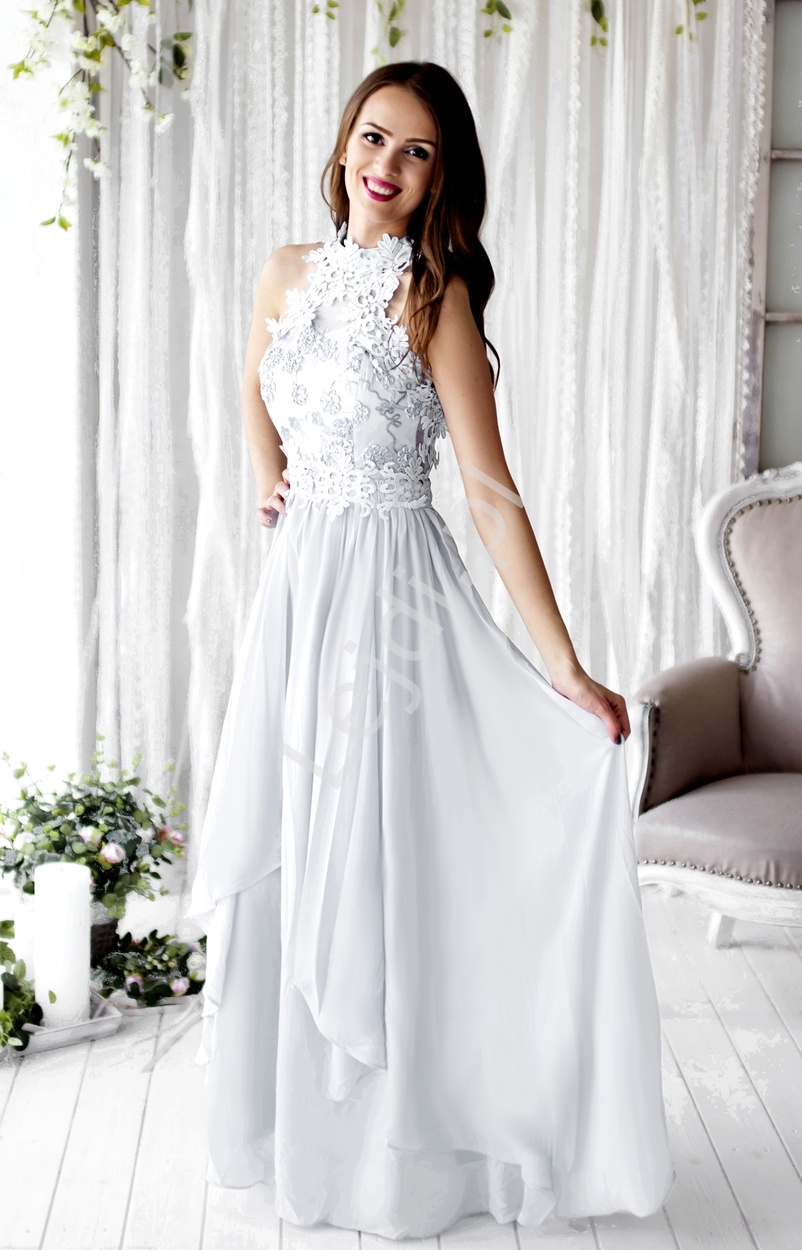 bafa52c02a Biała długa suknia ślubna z kwiatami 3D wieczorowa - Lejdi.pl