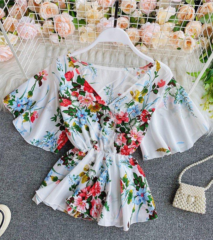 Biała letnia bluzka w kwiaty, bluzka baskinka na lato 4164 - Lejdi
