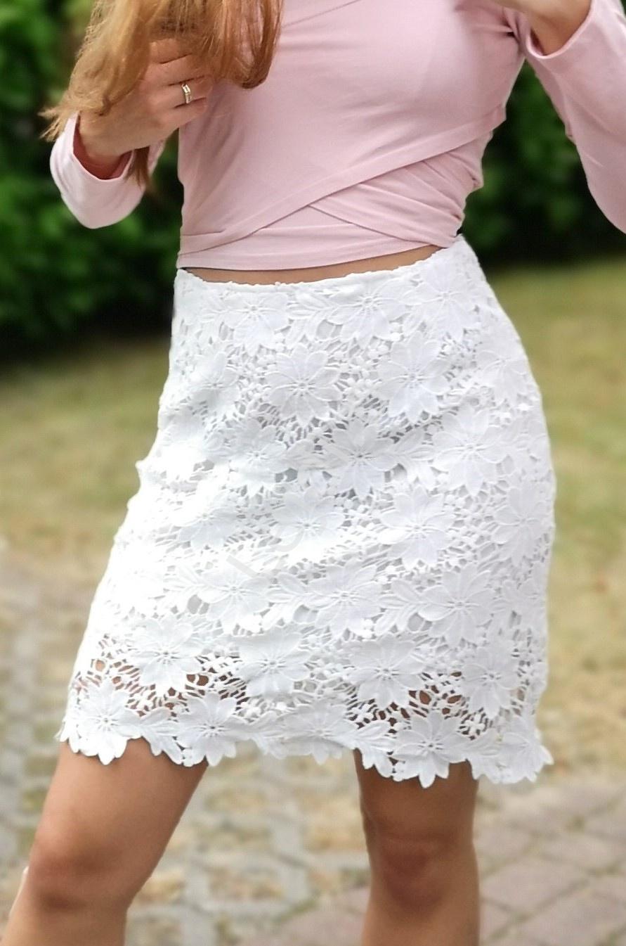 Biała letnia spódnica z gipiurowej koronki - Lejdi