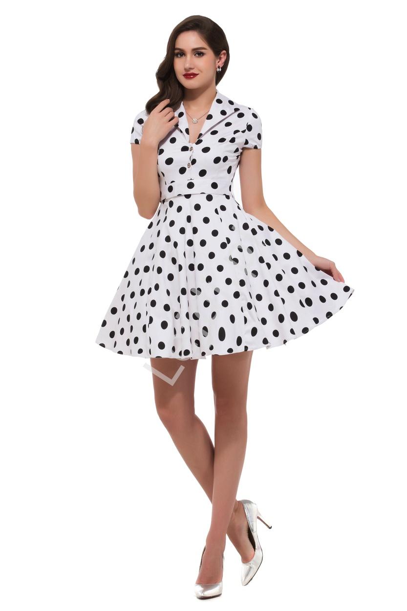 d4e34adedb Biała rozkloszowana sukienka w czarne duże kropki