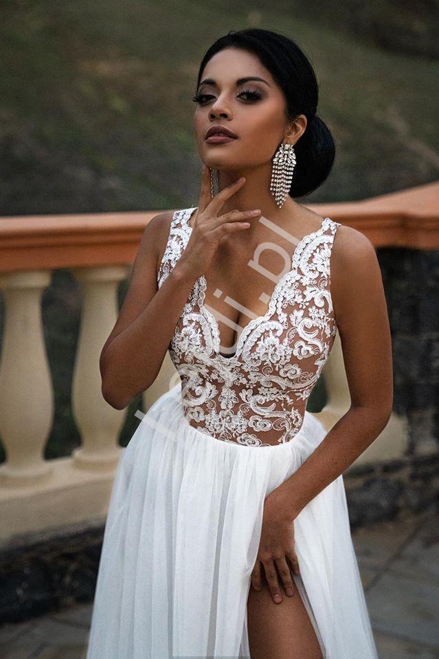 Biała ślubna sukienka z tiulu i koronki Chiara EMO - Lejdi