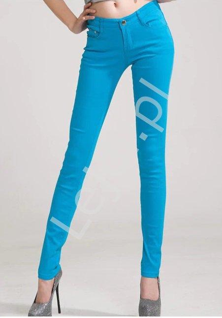 Błękitne jeansy damskie, rurki błękitne - Lejdi