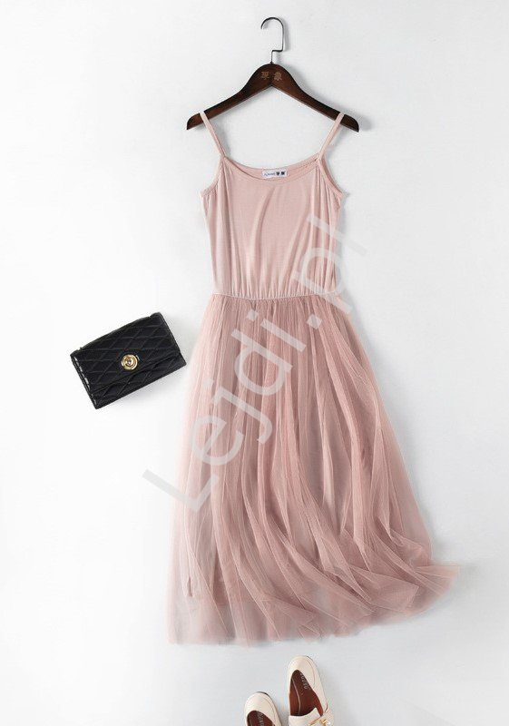 Brudno różowa sukienka letnia z zwiewną spódnicą tiulową 0916 - Lejdi