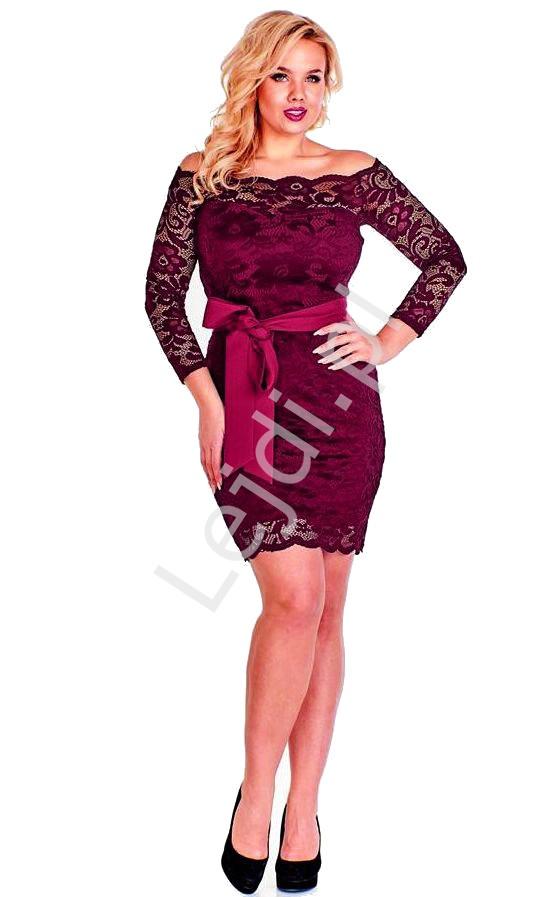 Burgundowa koronkowa sukienka plus size - Veronica - Lejdi
