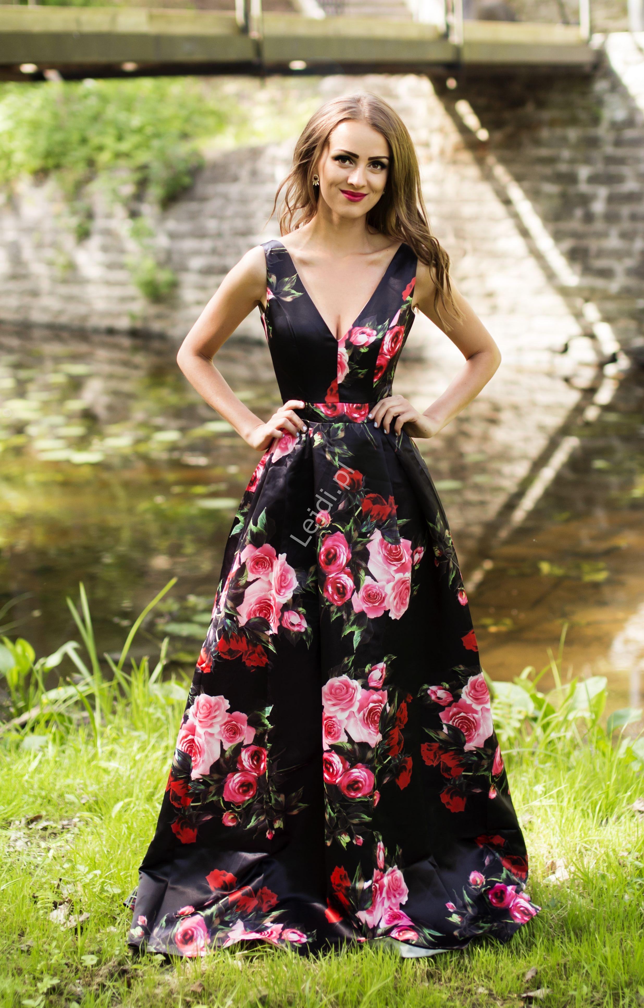 Czarna długa suknia wieczorowa w kwiaty 2110 - Lejdi