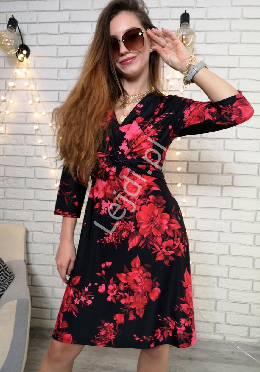 Czarna sukienka rozkloszowana w czerwone kwiaty, Melrose - Lejdi