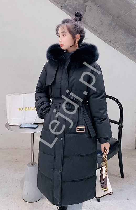 Czarny płaszcz zimowy, pikowana długa kurtka zimowa z kapturem 9778 - Lejdi