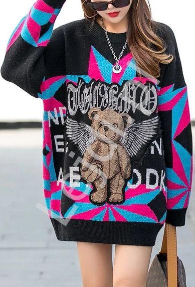 Czarny sweter z misiem kryształkowym z skrzydłami, stylowe swetry damskie - Lejdi