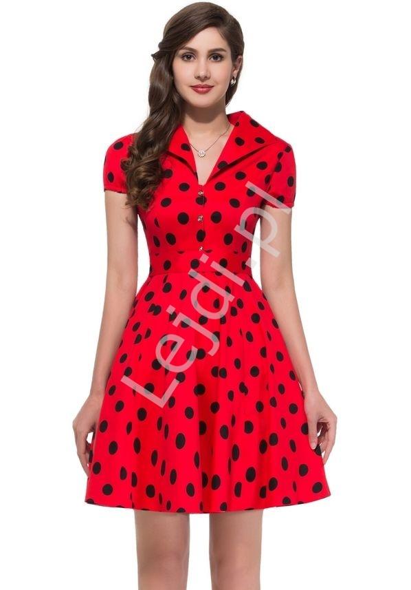 ed0158252b Czerwona rozkloszowana sukienka w czarne duże kropki