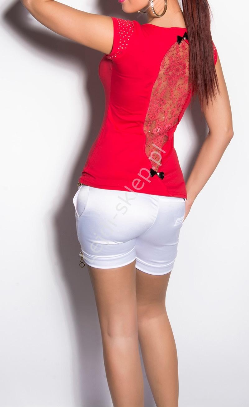 Czerwony bawełniany t-shirt z koronką i cekinami na plecach i cyrkoniami na ramionach - Lejdi