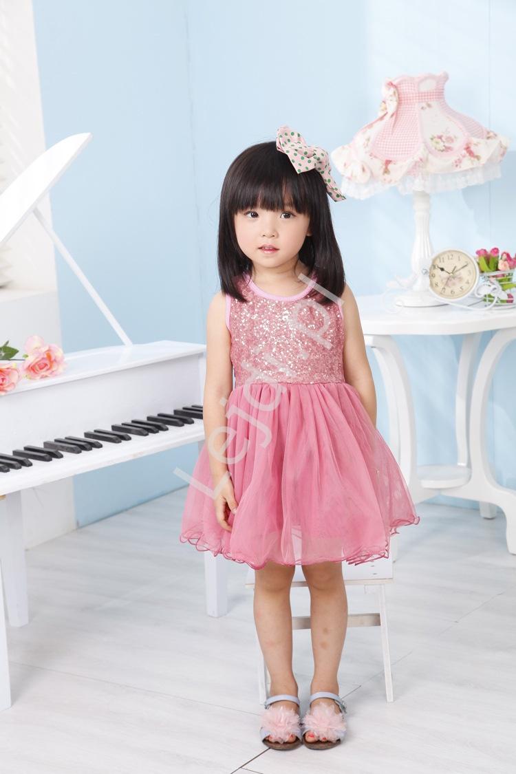 Różowa tiulowa sukienka z cekinową górą dla dziewczynek - Lejdi