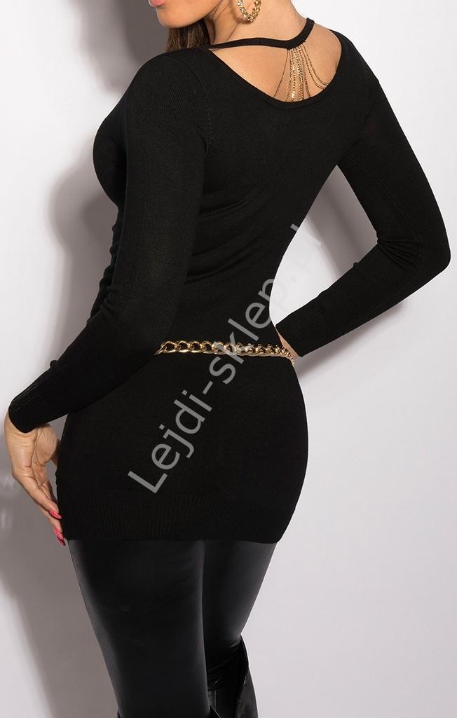 Długi sweter z łańcuszkami na plecach 8054 - Lejdi