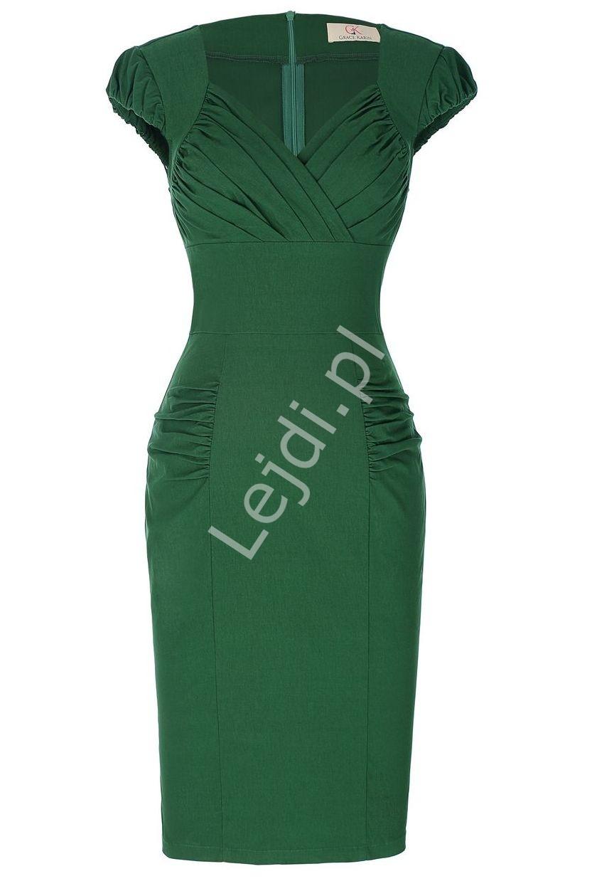 Dopasowana sukienka zielona z zakładkami na kopertowym