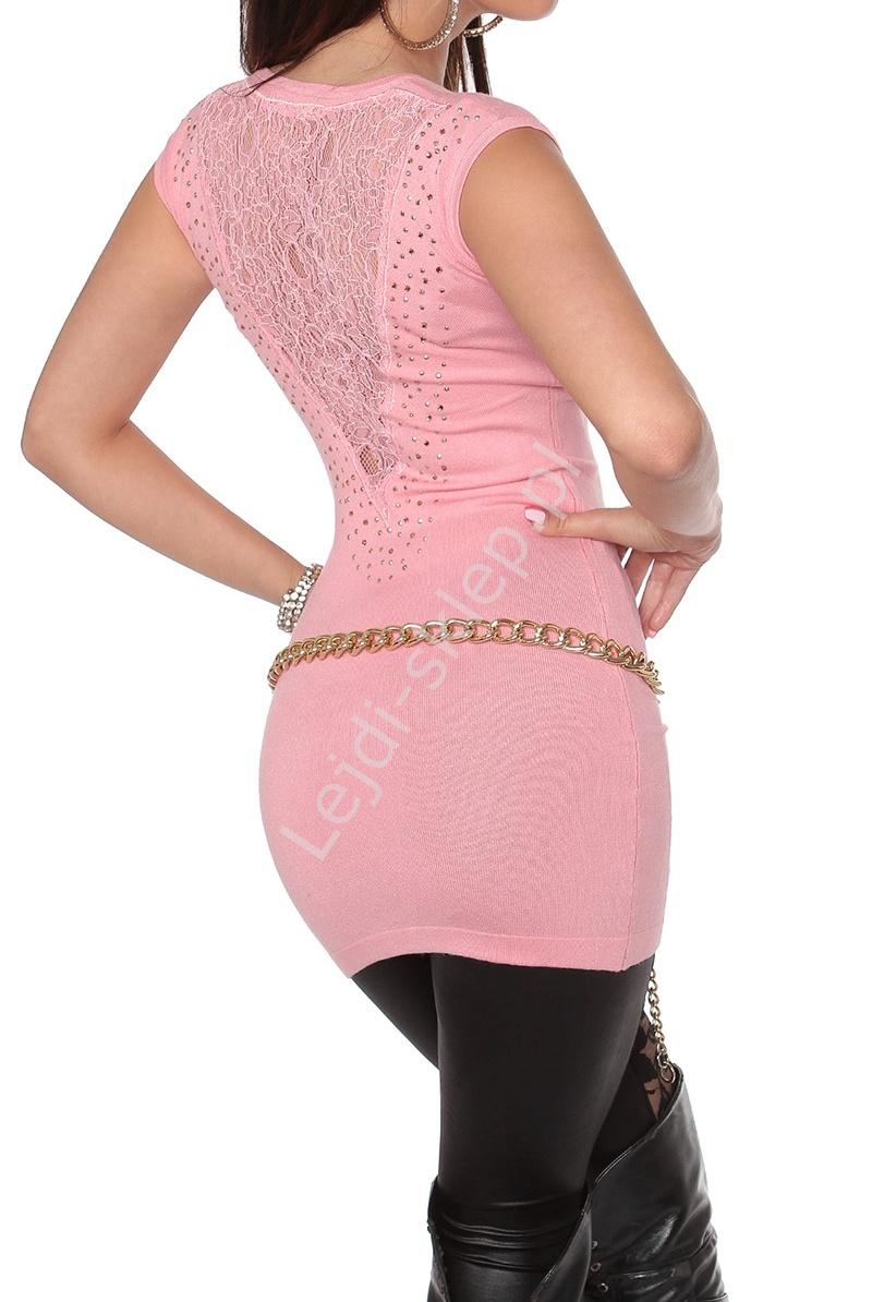 Dzianinowa jasno różowa tunika z krótkim rękawkiem i koronką na plecach, 8087 - Lejdi