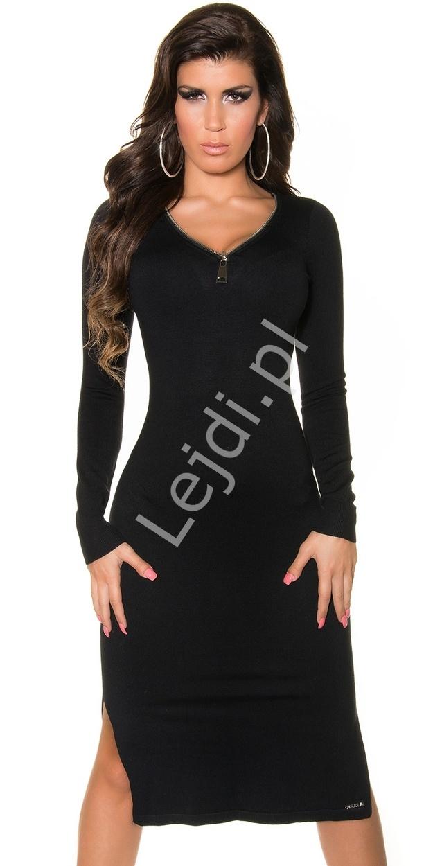 Dzianinowa sukienka z dekoltem ozdobionym zameczkiem, czarna - Lejdi