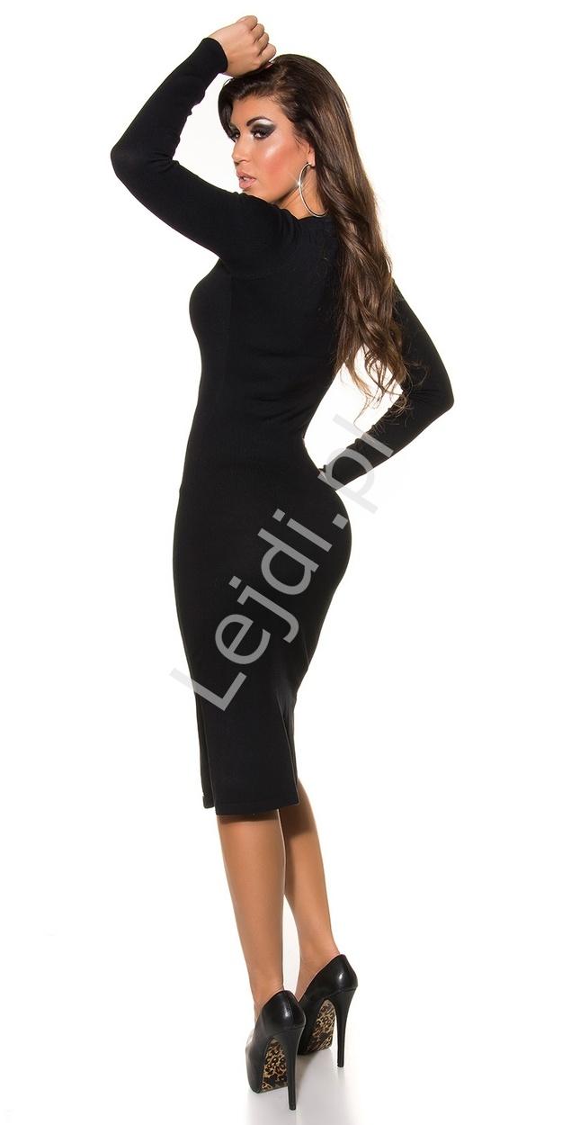 6777dcb4cd Dzianinowa sukienka z dekoltem ozdobionym zameczkiem