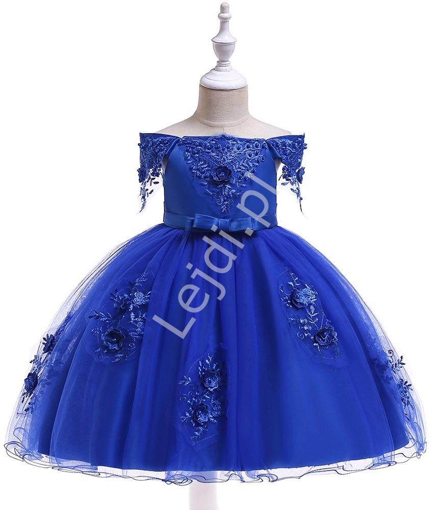 Dziecięca sukienka tiulowa z dekoltem carmen w kolorze królewskim niebieskim 057 - Lejdi