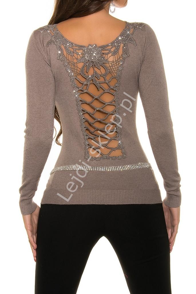Elegancki sweter ze zdobionymi gipiurą plecami, kawa z mlekiem| swetry damskie, mokka 1433 - Lejdi