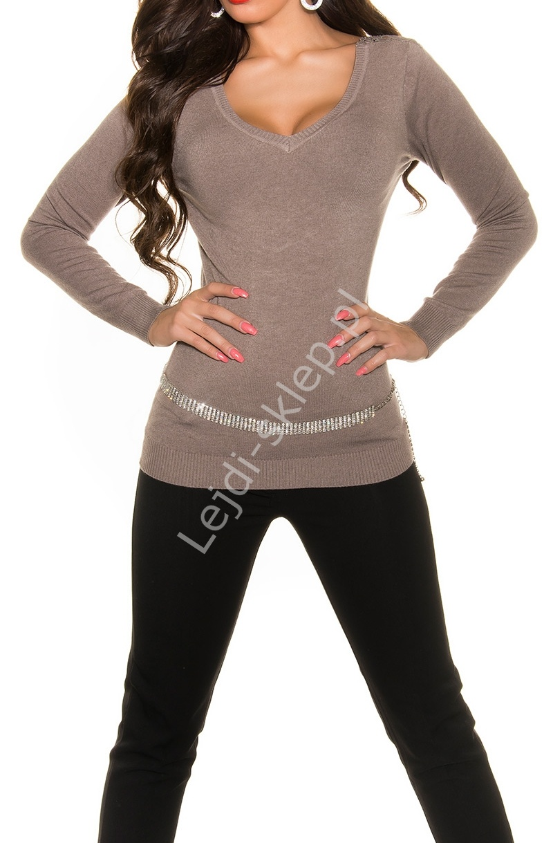 5c2e1ea8ac14 Elegancki sweter ze zdobionymi gipiurą plecami