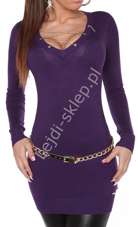 Fioletowa sukienka / tunika z łańcuszkiem na biuście 8039 - Lejdi