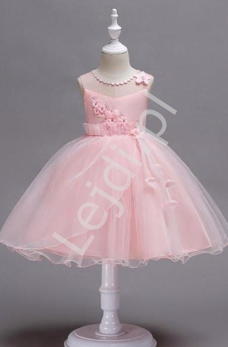 Jasno różowa krótka sukienka dla dziewczynki z kwiatkami 3D 700 - Lejdi