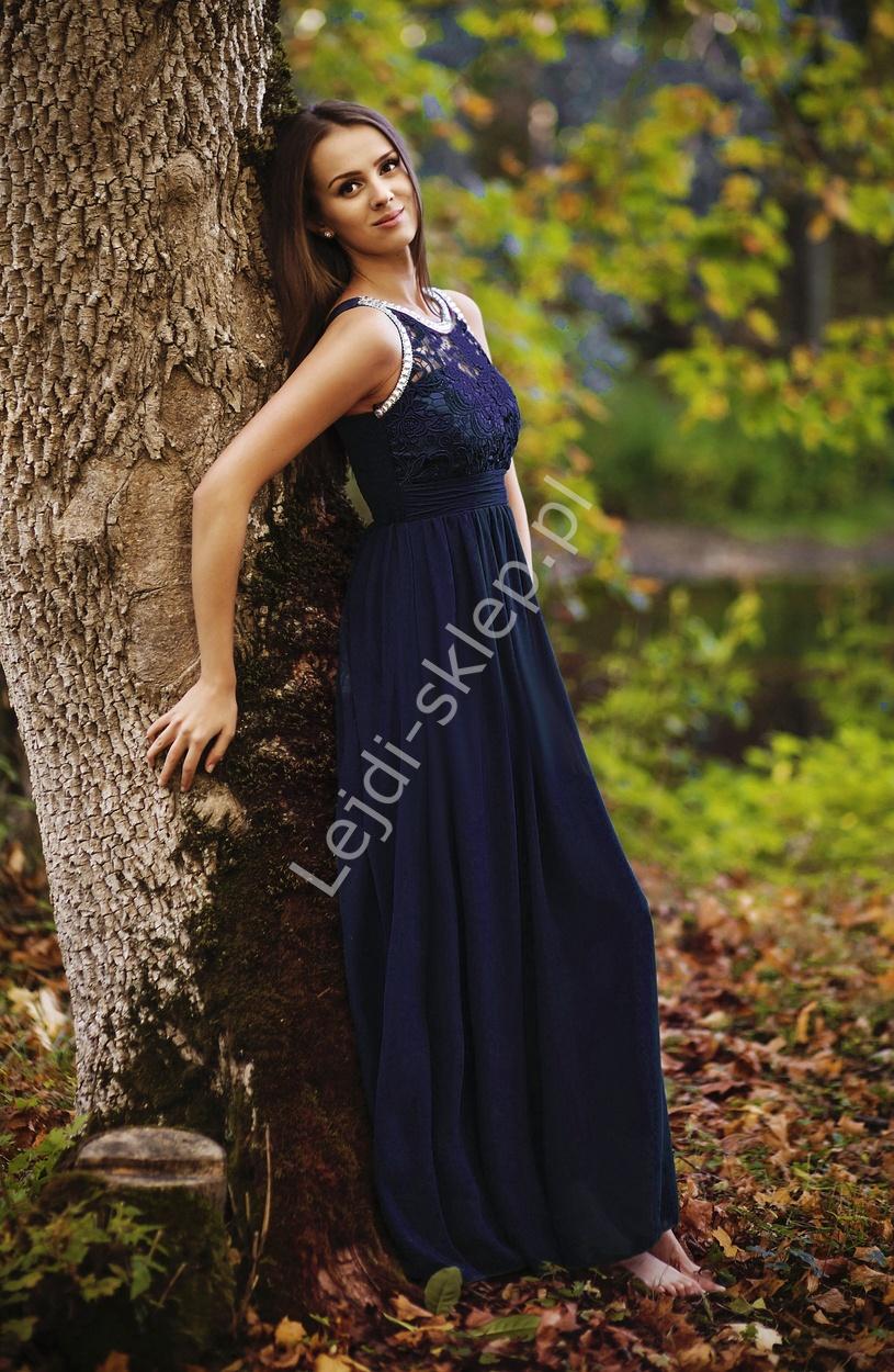 Granatowa suknia z kryształkami i gipiurową koronką - Lejdi