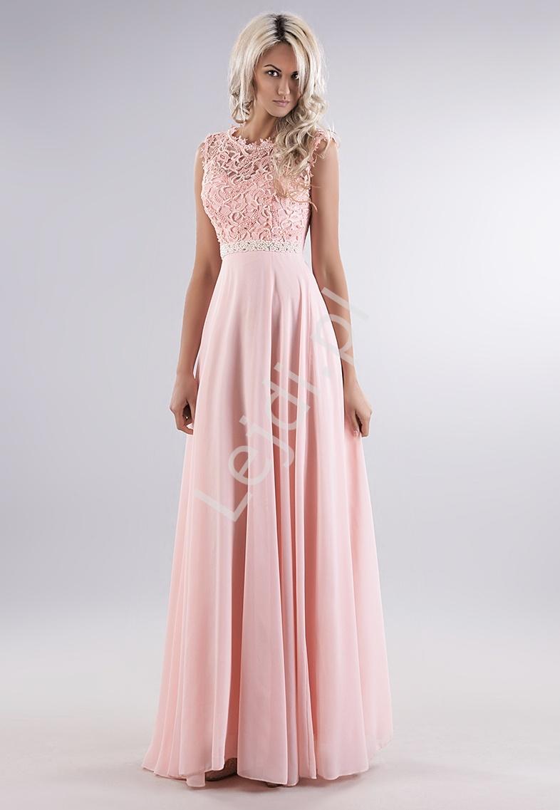 Jasnoróżowa delikatna sukienka z gipiurową koronką na biuście i perełkami - Lejdi