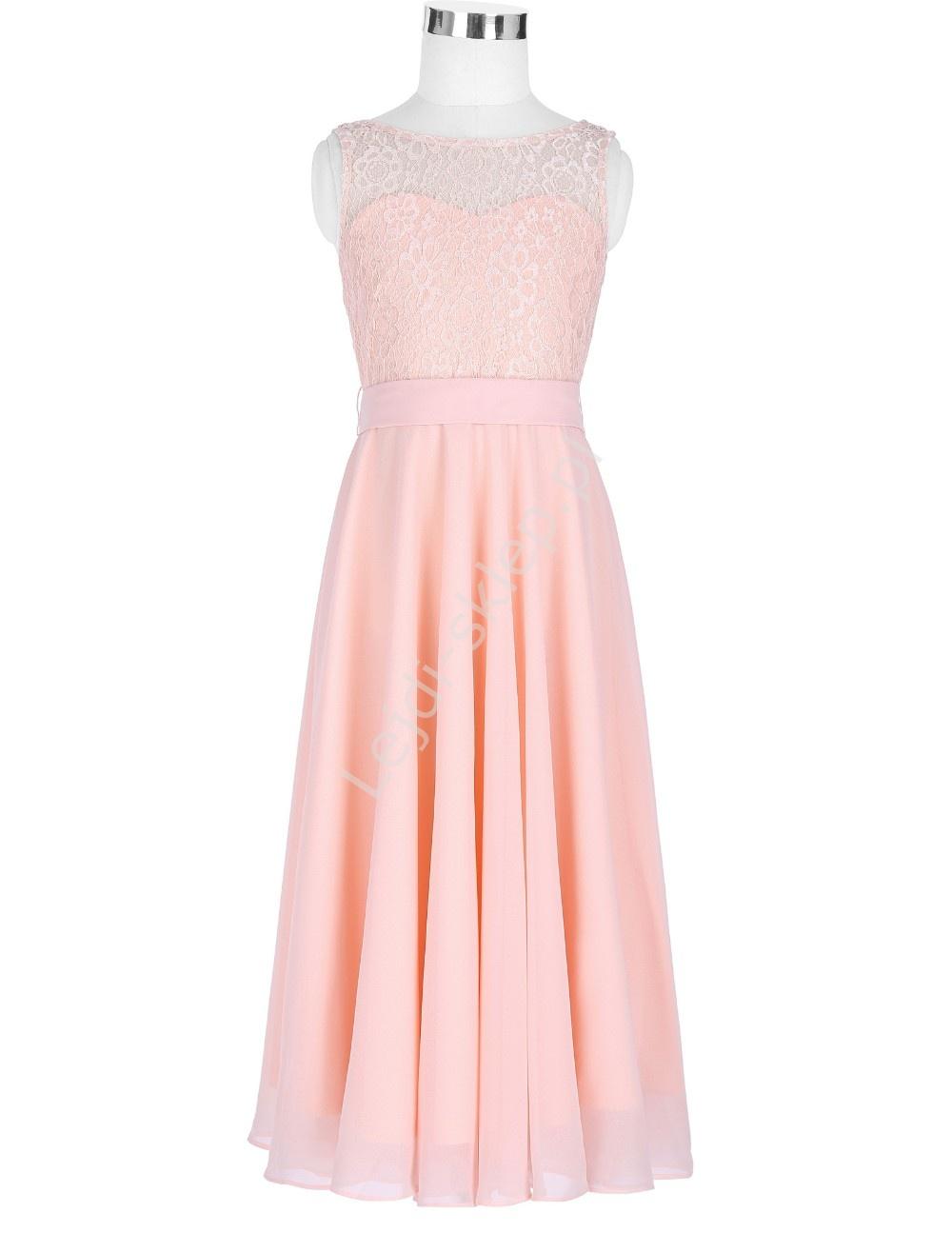 bd852a22d4 Jasnoróżowa elegancka skromna sukienka dla dziewczynki - Lejdi.pl