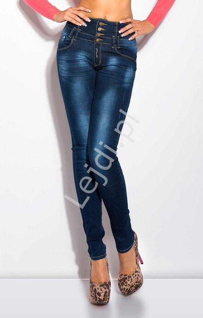 Jeansy z podwyższonym stanem i złotym rzemykowym łańcuszkiem z tyłu - Lejdi