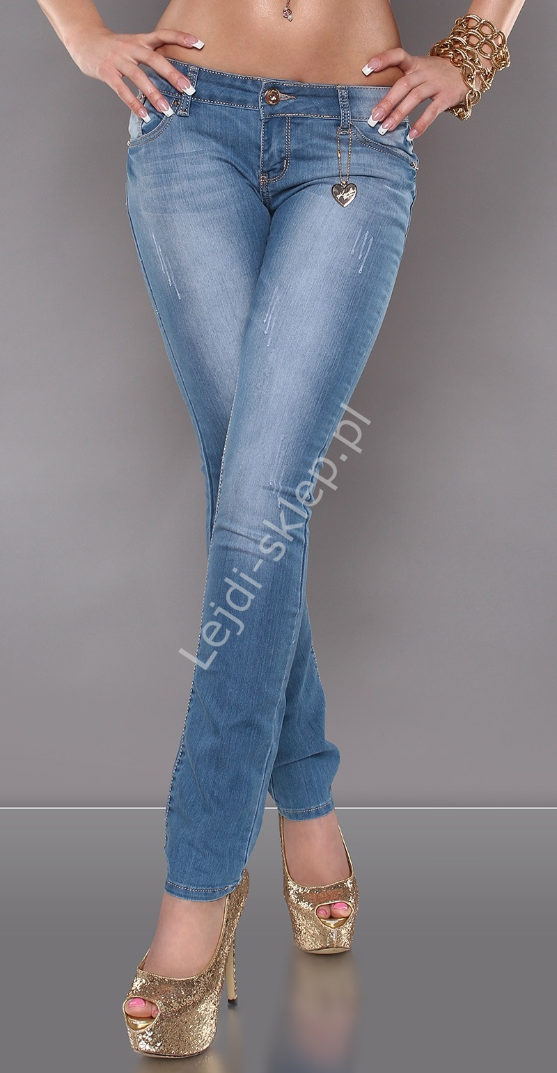 Jeansy z przetarciami i cekinami na tylnej kieszonce - Lejdi