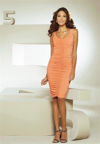 Мода 2012.br /Вечерние платья для женщин 40 лет Самые модные тенденции.