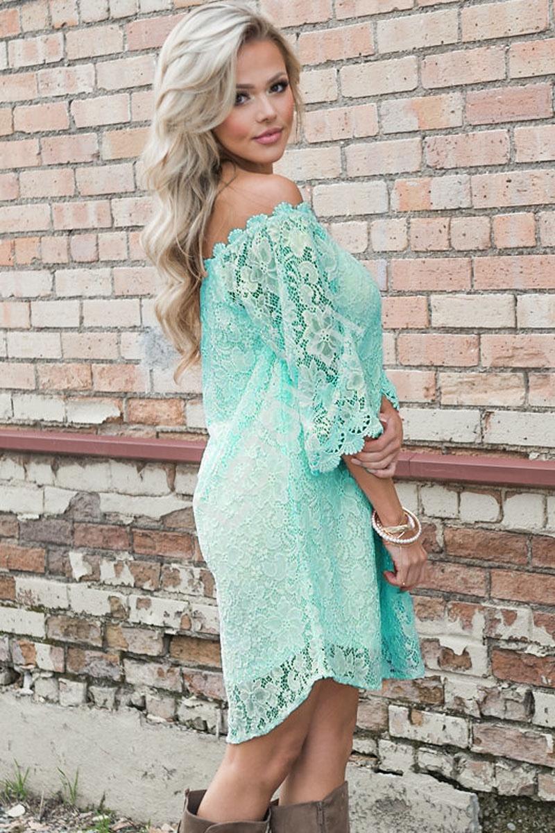 Koronkowa prosta delikatna miętowo turkusowa sukienka 033 - Lejdi