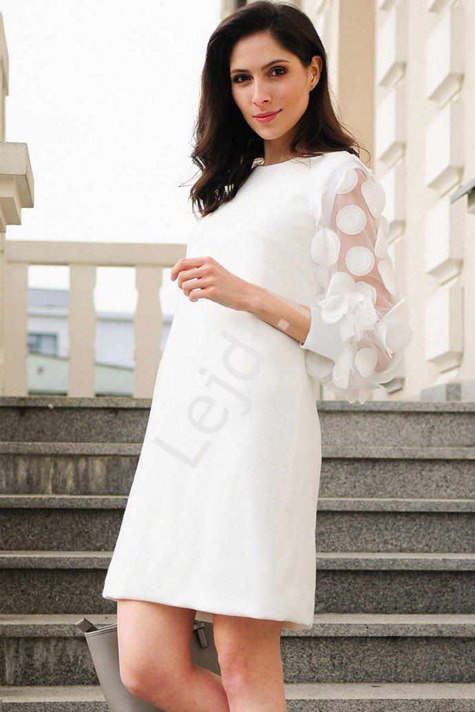 Krótka elegancka sukienka z ozdobnymi rękawami - m405 - Lejdi
