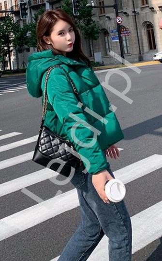 Krótka zielona kurtka damska, pikowana kurtka zimowa 3031 - Lejdi