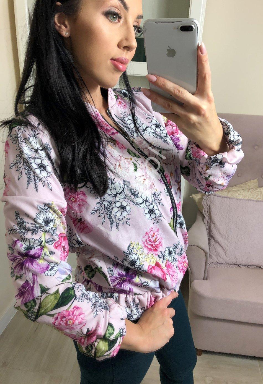 Kwiatowa bluza w jasno różowym kolorze, kwiatowa bomberka - Lejdi