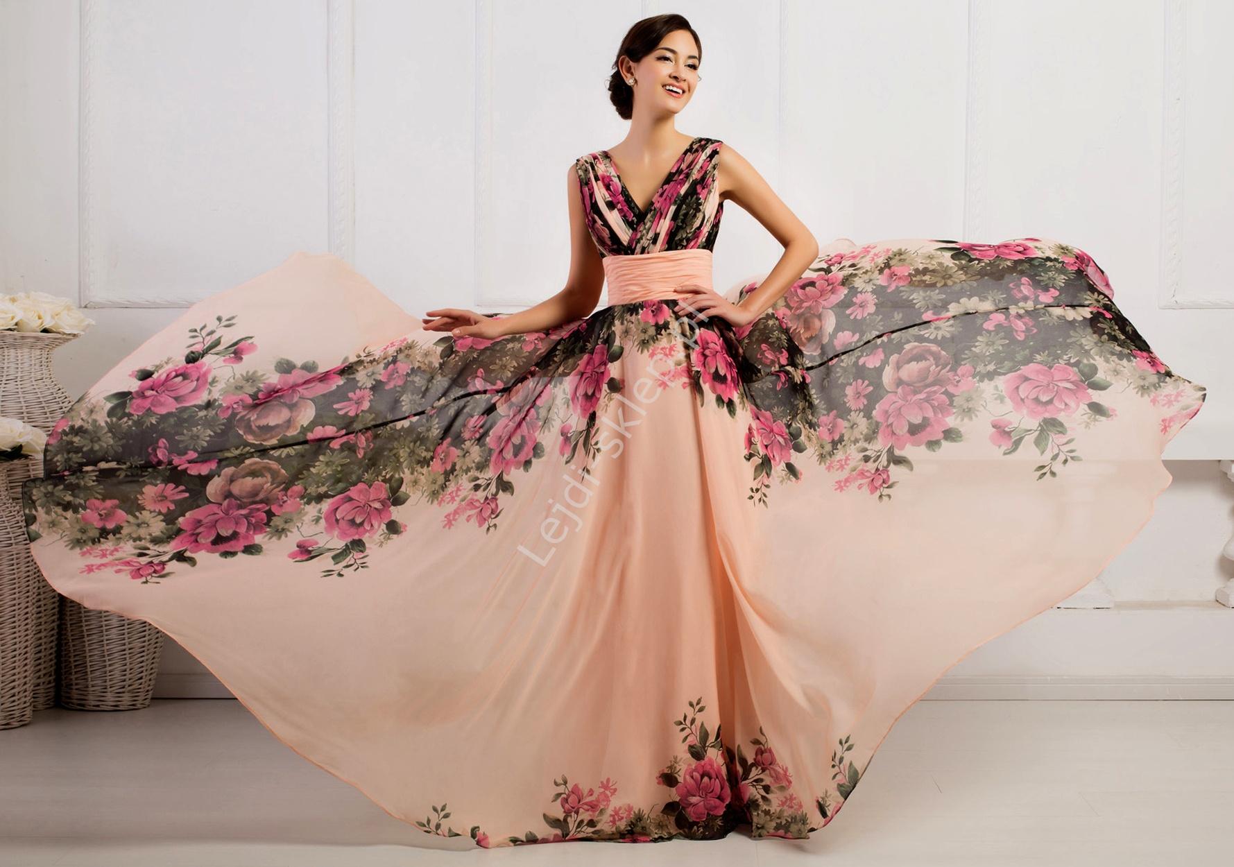 efb172b411 Sukienka w kwiaty koralowo różowa