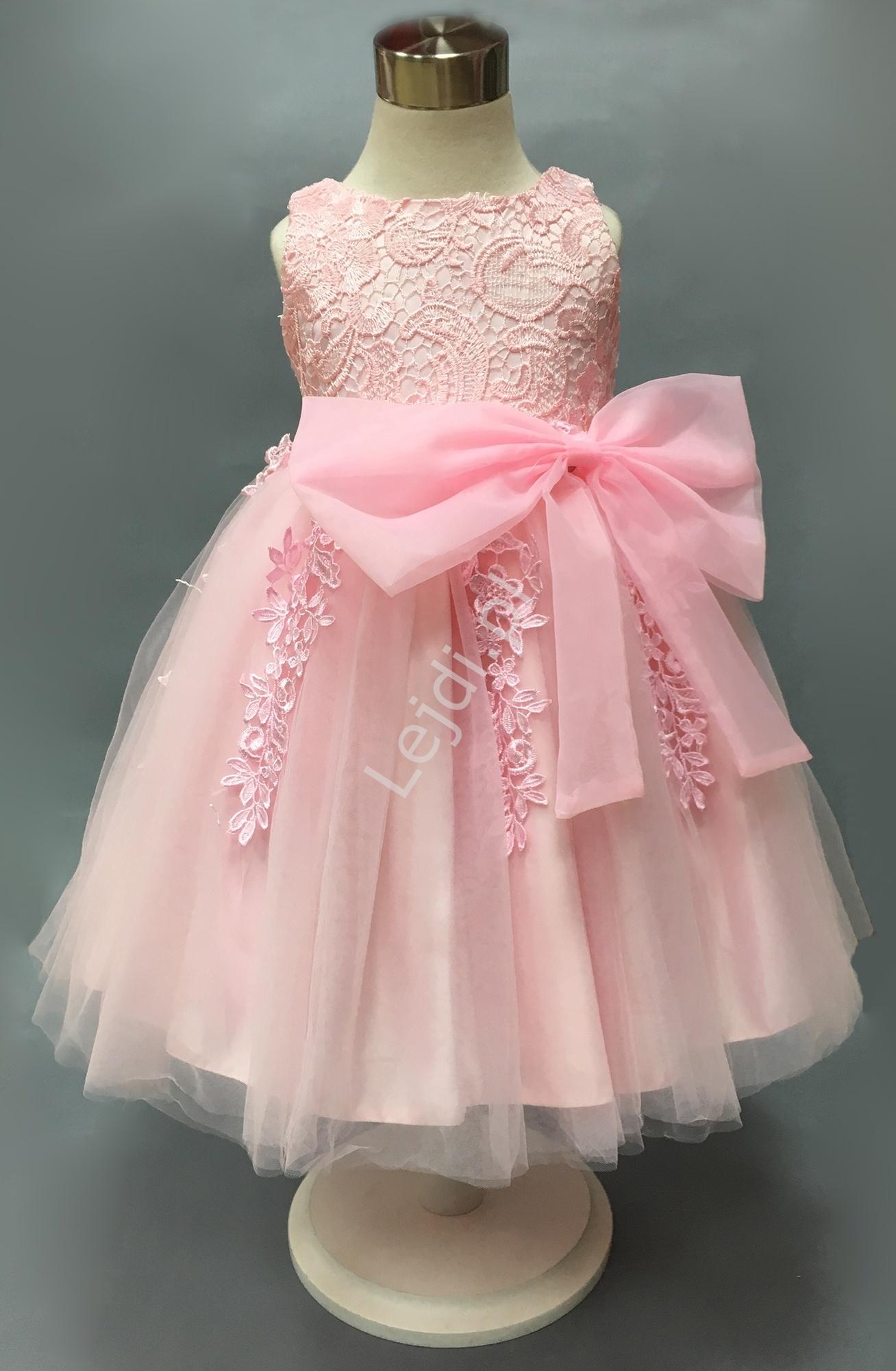 Przepiękna różowa sukienka dla dziewczynki, bogato zdobiona gipiurową koronką - Lejdi