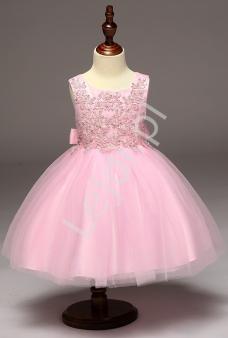 34e1ebfc26 Różowa sukienka z obfitą tiulową spódnicą dla dziewczynek